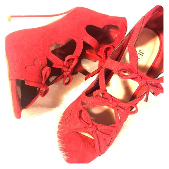 JustFab Shoes - New just fab candy apple red bow heels